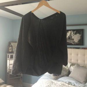 EUC Vince Small 100% Cashmere Sweater cape gray